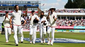 Ashes 2015 : England cruised to an eight-wicket victory in the third Test